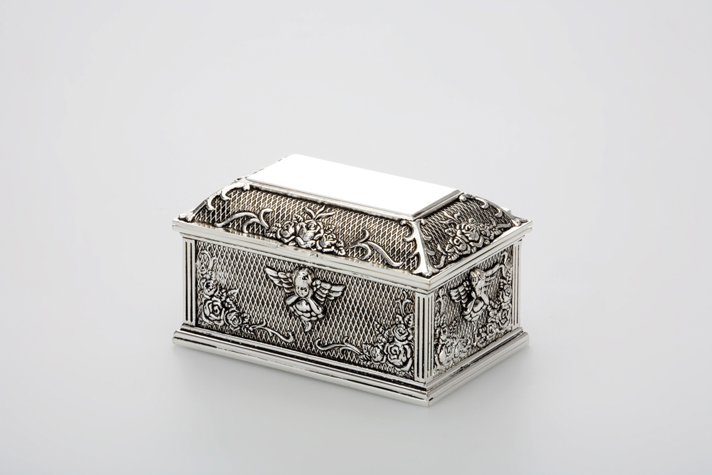 Jewelery Box Rectangular Rose Design / Antic Finish