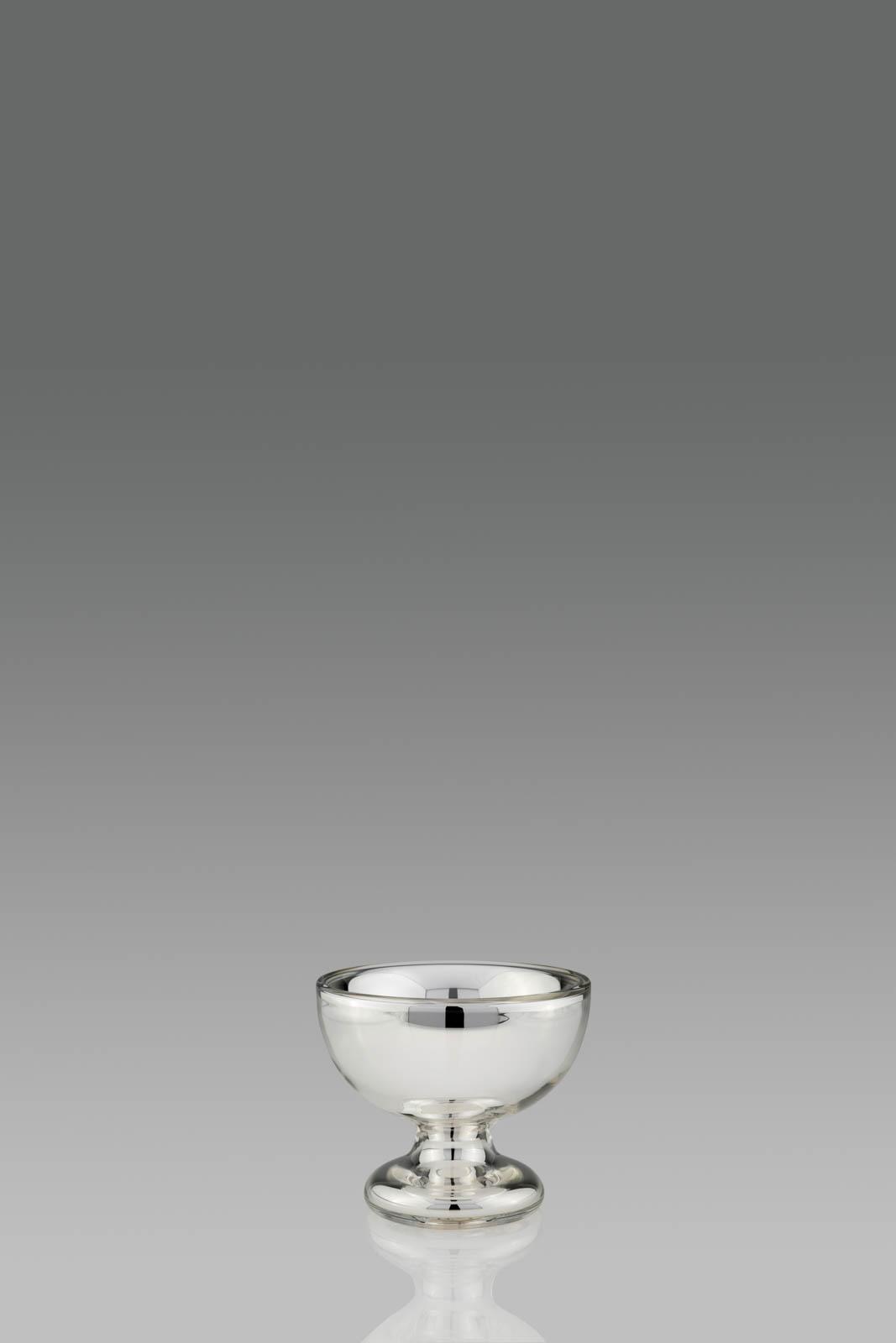 schale auf fu s silberglas bezahlbarer luxus in silber. Black Bedroom Furniture Sets. Home Design Ideas